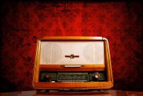 10458vintage_radio